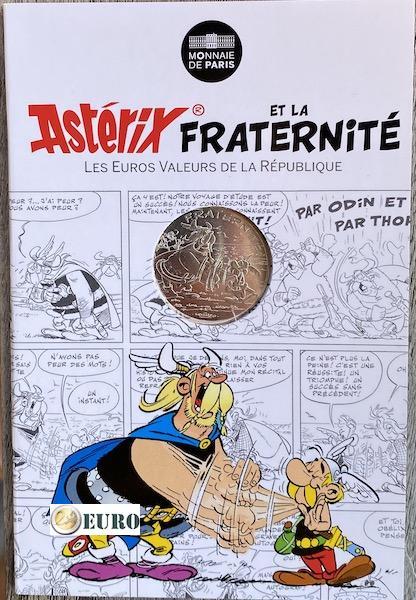 10 euros Francia 2015 - Asterix fraternidad y los normandos - en coincard